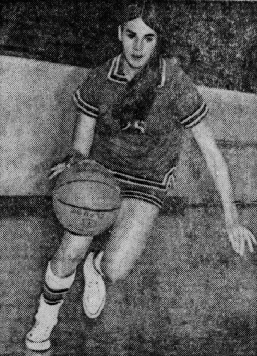 Action shot, Diane Campbell, dribbling to our right. From the Austin American Statesman, January 30, 1972.